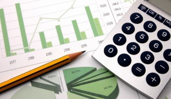 difference between statistics and parameter