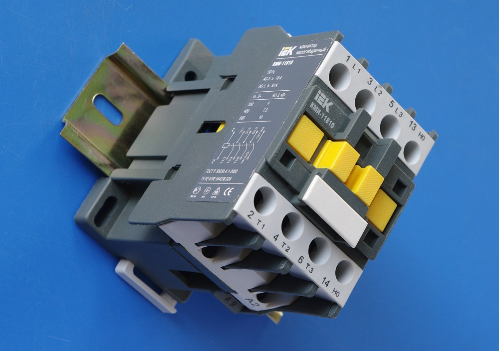 What is Contactor Switch