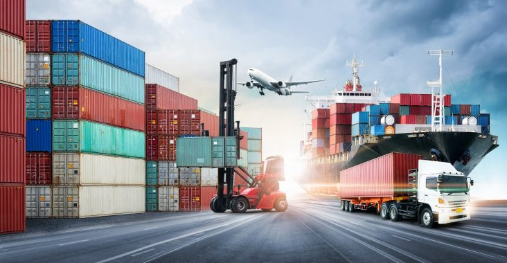 Difference Between Supply Chain Management and Logistics