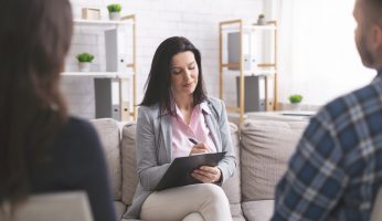 What Are the Differences Between Counseling and Psychotherapy