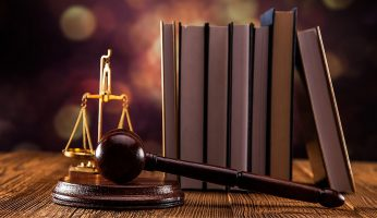 difference between barrister and solicitor